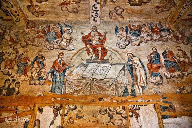 pictura-cartea-sfanta-de-la-biserica-de-lemn-sf-arhangheli-din-borsa-judetul-maramures.jpg