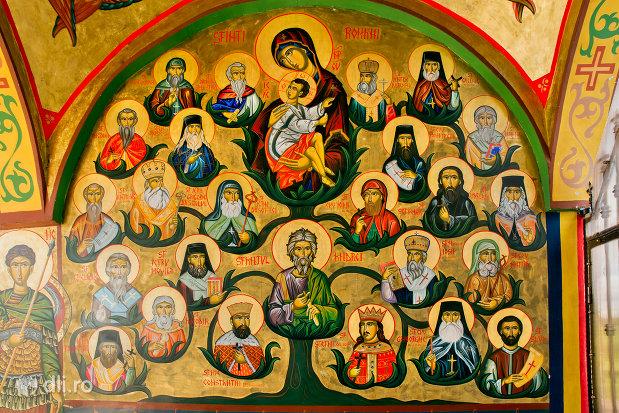 pictura-cu-sfinti-din-manastirea-sfiniii-apostoli-petru-si-pavel-din-bixad-judetul-satu-mare.jpg