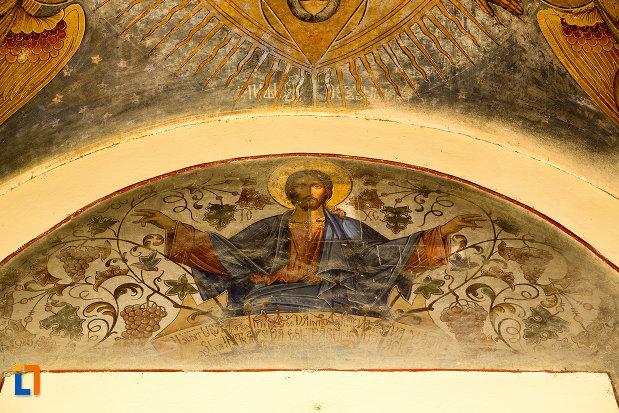 pictura-de-la-biserica-sf-apostoli-petru-si-pavel-din-targu-jiu-judetul-gorj.jpg