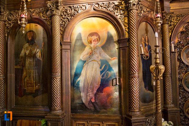 pictura-murala-biserica-ortodoxetaliu-de-interior-a-sf-nicolae-din-cluj-napoca-judetul-cluj.jpg