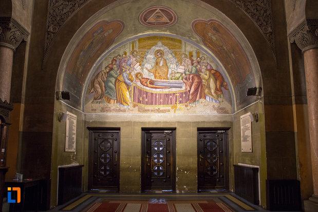 pictura-murala-catedrala-ortodoxa-a-vadului-feleacului-si-clujului-din-cluj-napoca-judetul-cluj.jpg