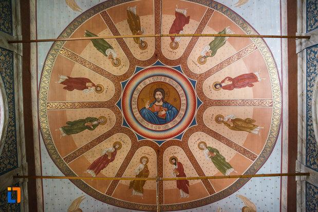 pictura-murala-din-biserica-buna-vestire-din-tulcea-judetul-tulcea.jpg