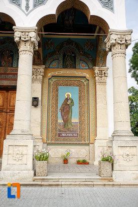 pictura-murala-exterioara-catedrala-domneasca-sf-alexandru-din-alexandria-judetul-teleorman.jpg