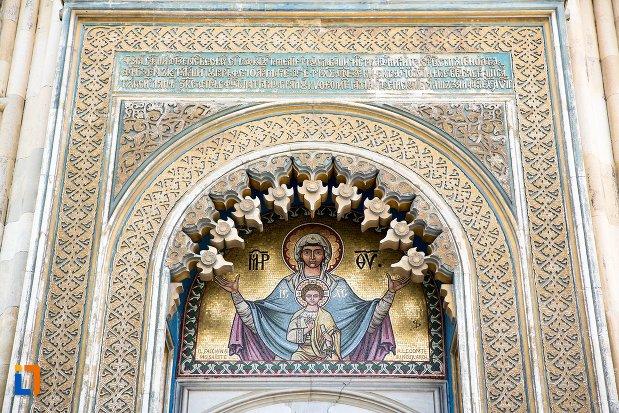 pictura-murala-frontala-biserica-episcopala-manastirea-curtea-de-arges-judetul-arges.jpg