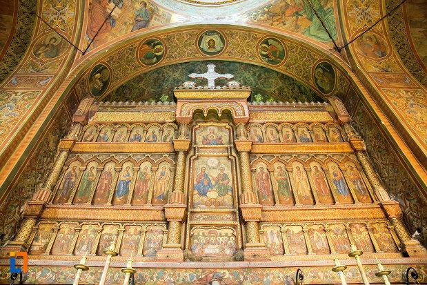 picturi-cu-sfinti-biserica-sf-apostoli-si-sf-gheorghe-din-caracal-judetul-olt.jpg