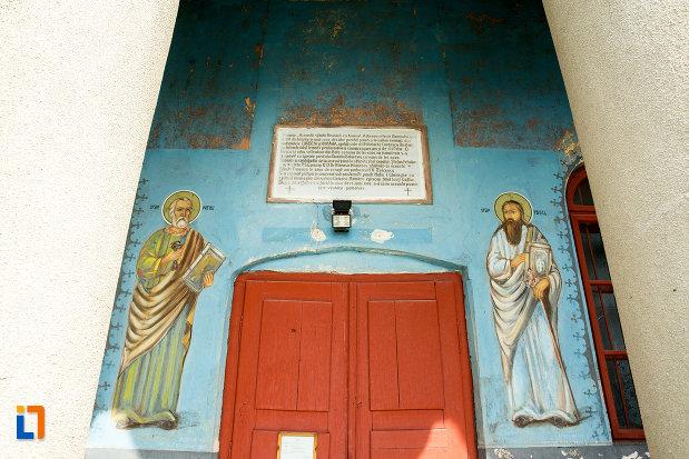 picturi-de-la-intrarea-in-biserica-adormirea-maicii-domnului-din-corbeni-judetul-olt.jpg