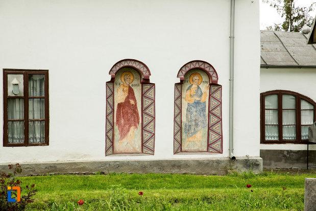 picturi-de-pe-biserica-sf-nicolae-din-filiasi-judetul-dolj.jpg