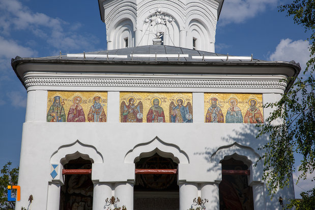 picturi-de-pe-biserica-sf-voievozi-cu-hramurile-sf-arhangheli-mihail-si-gavril-sf-antonie-cel-mare-din-ploiesti-judetul-prahova.jpg