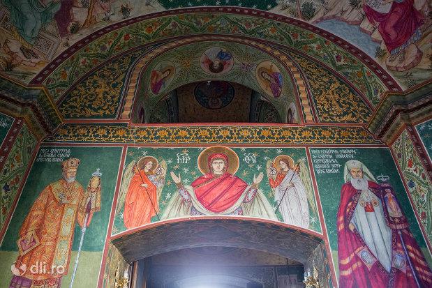 picturi-din-biserica-greco-catolica-buna-vestire-din-oradea-judetul-bihor.jpg