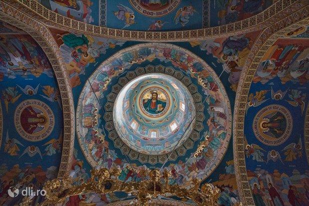 picturi-din-incinta-catedralei-ortodoxe-din-negresti-oas-judetul-satu-mare.jpg