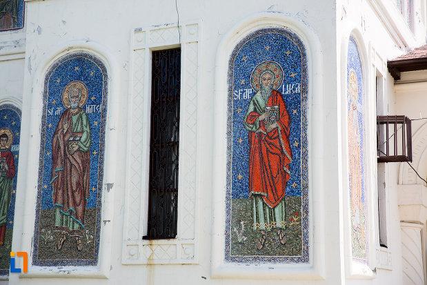 picturi-exterioare-biserica-ortodaxa-sf-gheorghe-din-mangalia-judetul-constanta.jpg