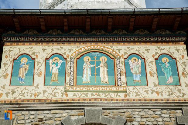 picturi-murale-biserica-sf-imparati-constantin-si-elena-din-odobesti-judetul-vrancea.jpg