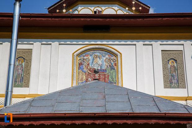 picturi-murale-de-la-biserica-adormirea-maicii-domnului-a-fostei-manastiri-valeni-1680-din-valenii-de-munte-judetul-prahova.jpg