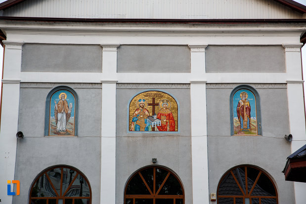 picturi-murale-de-la-biserica-sf-imparati-constantin-si-elena-din-alexandria-judetul-teleorman.jpg