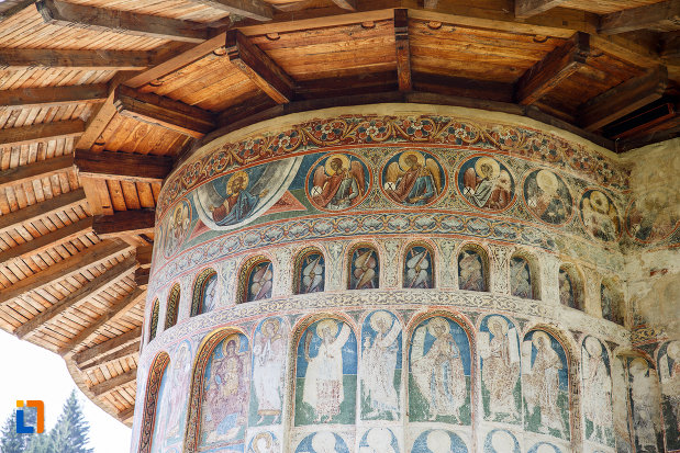 picturi-murale-de-la-manastirea-voronet-judetul-suceava.jpg