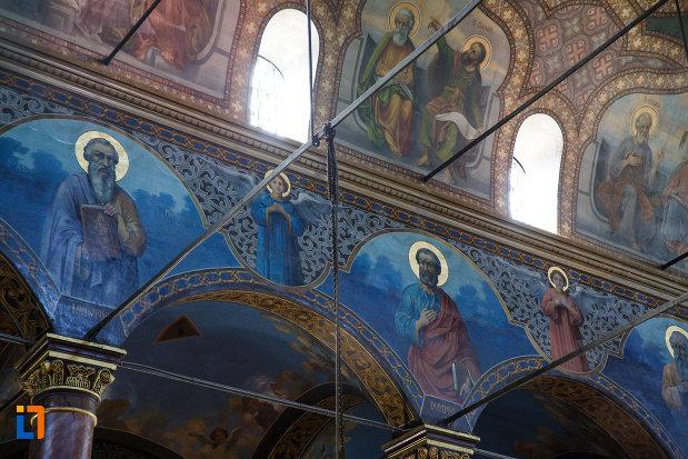 picturi-murale-din-biserica-sf-gheorghe-din-tulcea-judetul-tulcea.jpg