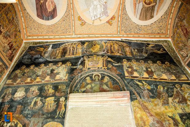 picturi-murale-din-manastirea-clocociov-din-slatina-judetul-olt.jpg