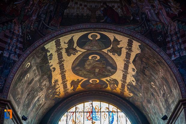 picturi-religioase-din-catedrala-mitropolitana-sf-treime-din-sibiu-judetul-sibiu.jpg