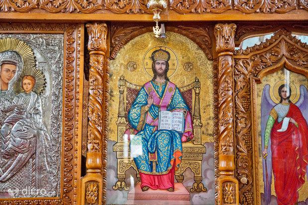 picturi-sfinte-din-manastirea-adormirea-maicii-domnului-din-moisei-judetul-maramures.jpg