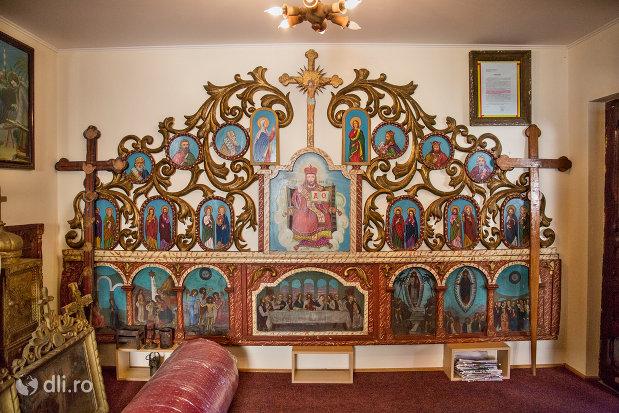picturi-sfinte-din-muzeul-bisericii-ortodoxe-din-firiza-judetul-maramures.jpg