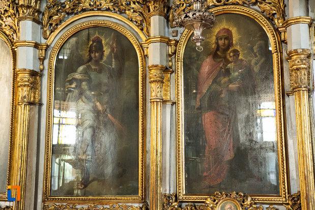 picturi-si-alte-detalii-din-biserica-grecescu-din-drobeta-turnu-severin-judetul-mehedinti.jpg