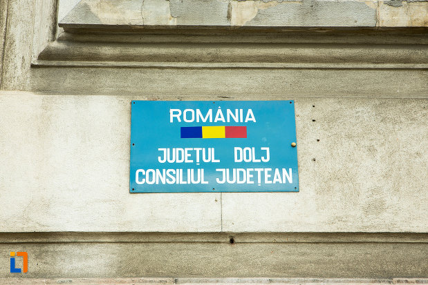 placa-administrativa-palatul-administrativ-prefectura-consiliul-judetean-din-craiova-judetul-dolj.jpg