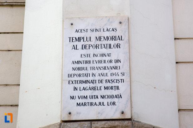 placa-informativa-sinagoga-neologa-din-cluj-napoca-judetul-cluj.jpg