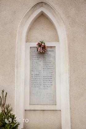 placuta-comemorativa-biserica-reformata-din-ambud-judetul-satu-mare.jpg