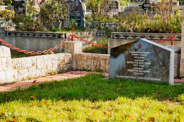 placuta-comemorativa-memorialul-eroilor-din-zalau-judetul-salaj.jpg