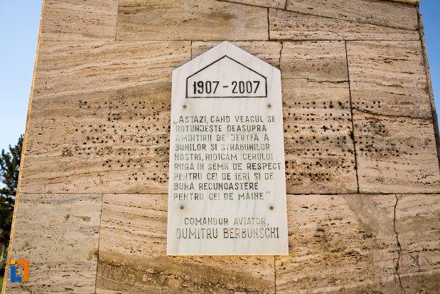 placuta-comemorativa-monumentul-eroilor-din-razboiul-pentru-independenta-din-flamanzi-judetul-botosani.jpg