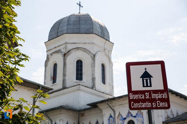 placuta-cu-biserica-sf-imparati-constantin-si-elena-din-cernavoda-judetul-constanta.jpg