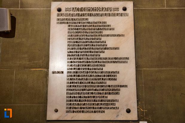 placuta-cu-informatii-din-catedrala-ortodoxa-a-vadului-feleacului-si-clujului-din-cluj-napoca-judetul-cluj.jpg