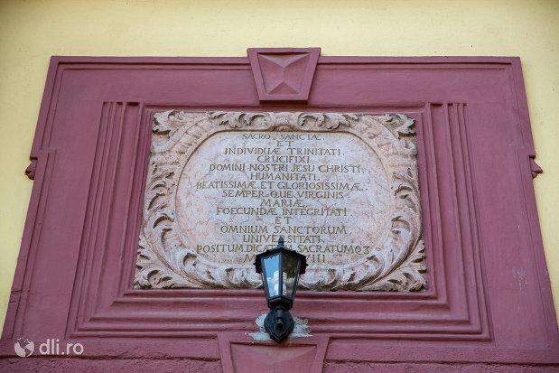 placuta-de-la-biserica-romano-catolica-din-baia-mare-judetul-maramues.jpg