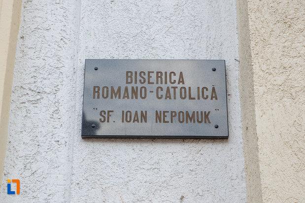 placuta-de-la-biserica-romano-catolica-sf-ioan-nepomuc-din-suceava-judetul-suceava.jpg