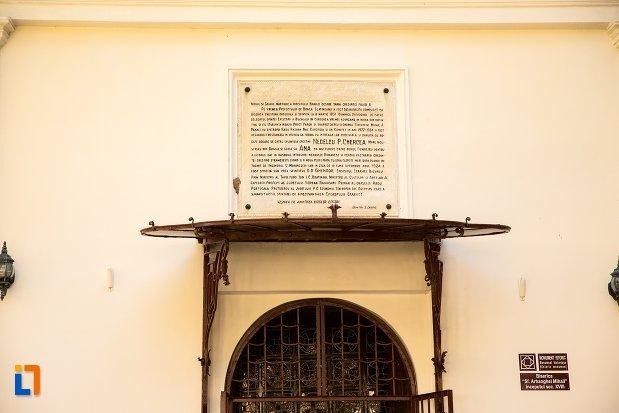 placuta-de-la-biserica-sfintii-arhangheli-mihail-si-gavriil-din-braila-judetul-braila.jpg