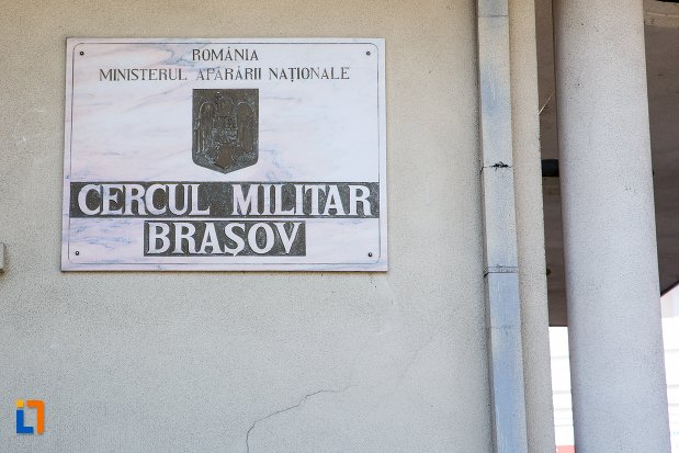 placuta-de-la-cercul-militar-din-brasov-judetul-brasov.jpg