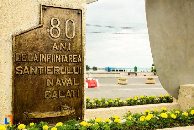 placuta-de-la-monumentul-santierului-naval-elicea-din-galati-judetul-galati.jpg