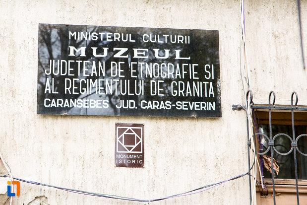 placuta-de-pe-muzeul-judetean-de-etnografie-si-regimentului-de-granita-din-caransebes-judetul-caras-severin.jpg