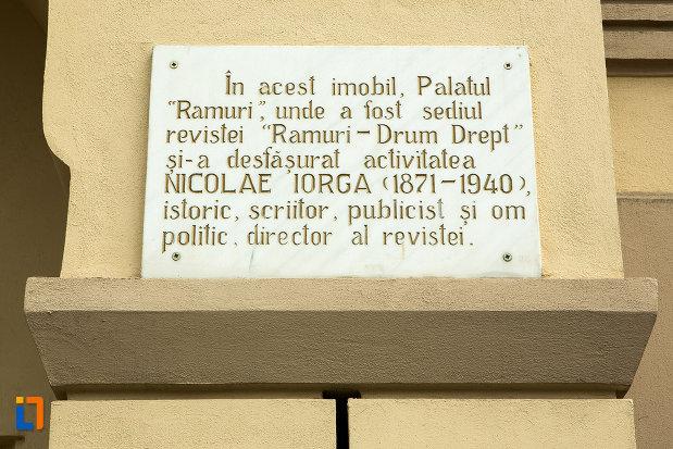 placuta-de-pe-palatul-ramiri-din-craiova-judetul-dolj.jpg