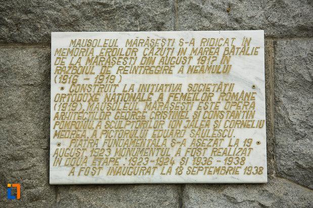 placuta-informativa-de-la-mausoleul-eroilor-din-1916-1919-de-la-marasesti-judetul-vrancea.jpg