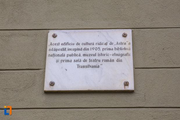 placuta-informative-de-la-biblioteca-judeteana-astra-muzeul-asociatiunii-din-sibiu-judetul-sibiu.jpg