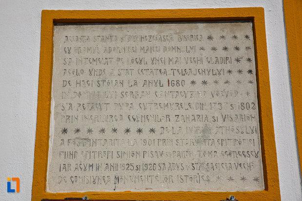 placuta-informative-de-la-biserica-adormirea-maicii-domnului-a-fostei-manastiri-valeni-1680-din-valenii-de-munte-judetul-prahova.jpg