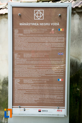 placuta-informative-despre-manastirea-negru-voda-din-campulung-muscel-judetul-arges.jpg