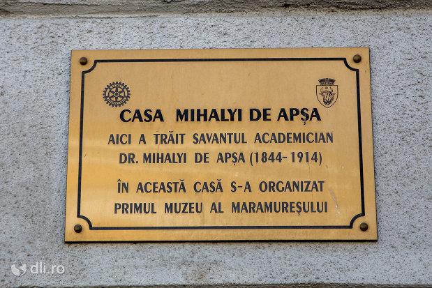 placuta-memoriala-casa-mihalyi-de-apsa-din-sighetu-marmatiei-judetul-maramures.jpg