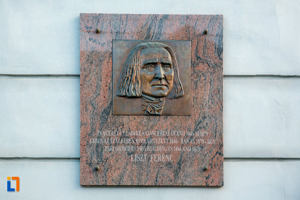 placuta-memoriala-de-pe-muzeul-etnografic-al-transilvaniei-din-cluj-napoca-judetul-cluj.jpg