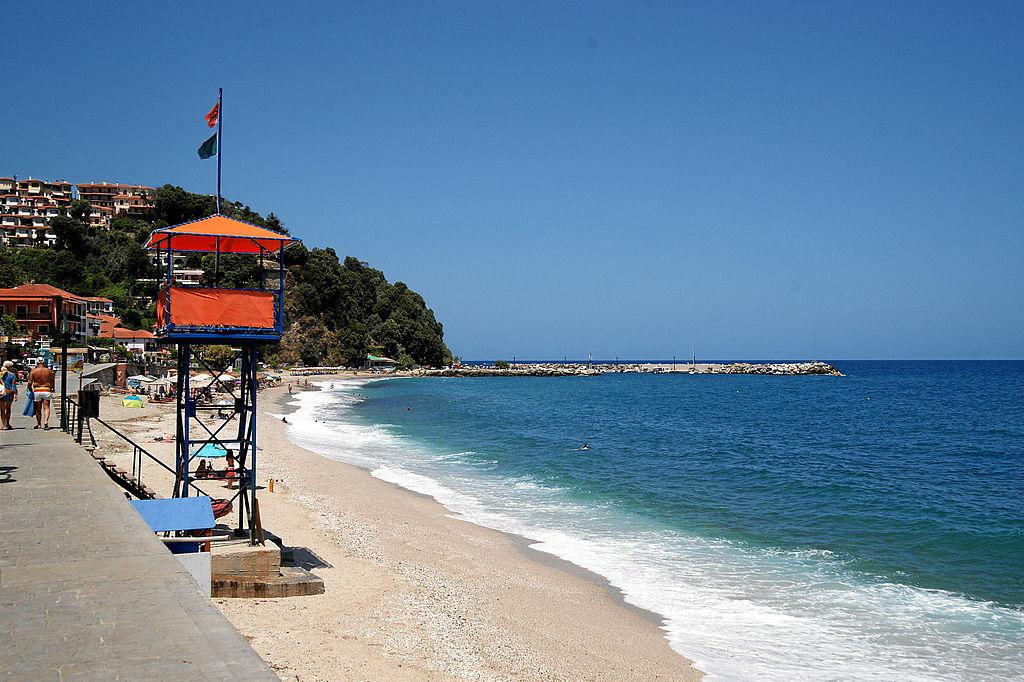 plaja Agios