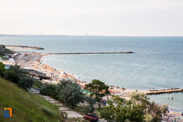 plaja-turistica-din-statiunea-eforie-sud-judetul-constanta.jpg