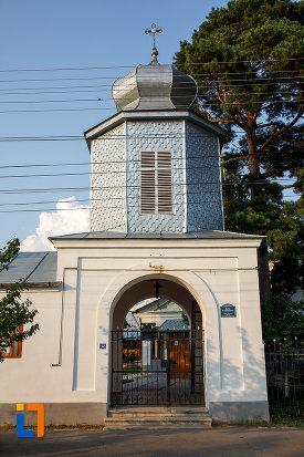 poarta-de-la-biserica-sf-ioan-botezatorul-1845-din-rosiorii-de-vede-judetul-teleorman.jpg