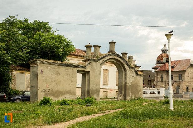 poarta-hanului-turcesc-din-galati-judetul-galati.jpg