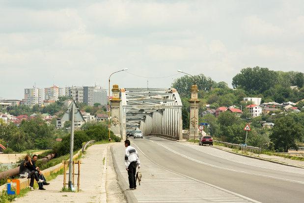 pod-peste-olt-orasul-slatina-judetul-olt.jpg